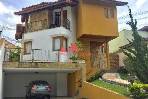 Casa Condomínio Aruã Lagos Frente Para reserva