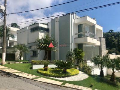 Casa Aruã Lagos com Elevador