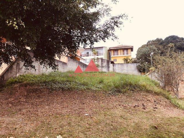 Terreno Condomínio Aruã em Rua Plana