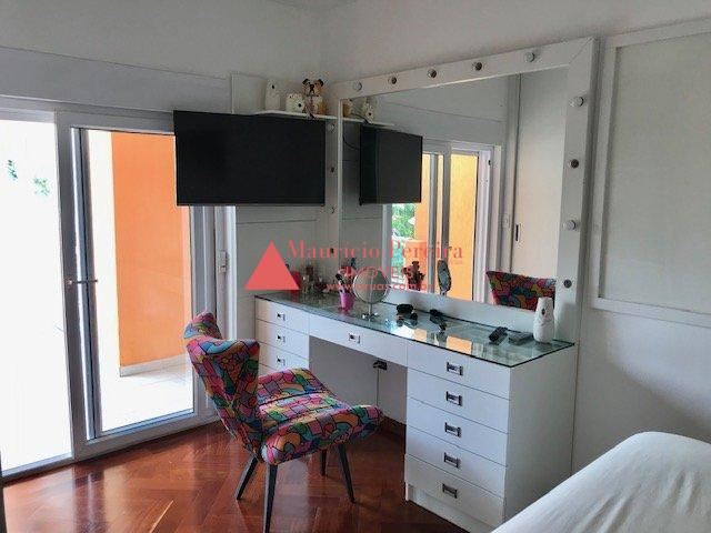 Casa de Luxo Condomínio Aruã