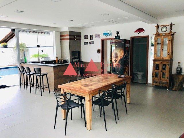 Casa no Aruã Alto Padrão