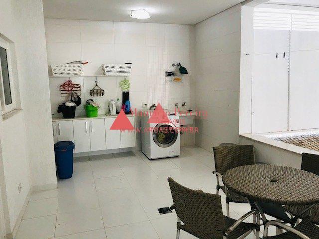 Casa Condomínio Aruã com Piscina