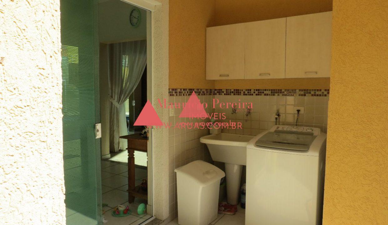 Casa Aruã Lagos com Vista para Reserva