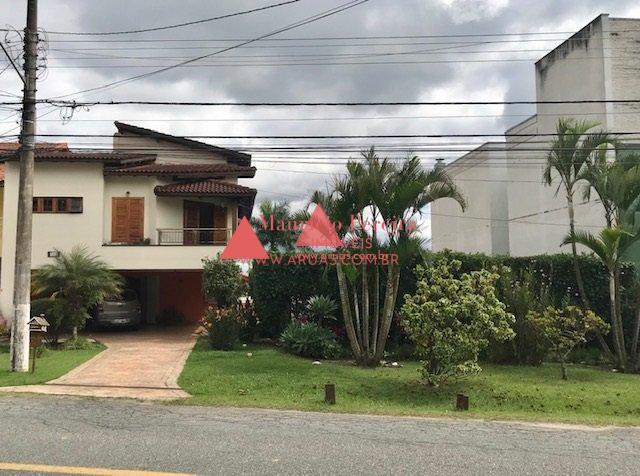 Casa Aruã com Quintal 200m²