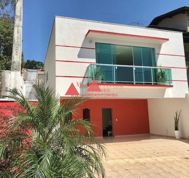 Casa no Aruã com Piscina